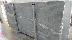 Lieferung polierte Unmaßplatten 2 cm aus Natur Basalt ATLANTIC LAVA STONE 1489G. Detail Bild Fotos