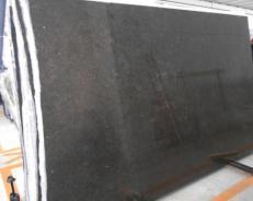 Lieferung geschliffene Unmaßplatten 3 cm aus Natur Kalkstein BELGIAN BLUE LIMESTONE GL BR4515. Detail Bild Fotos