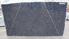 Lieferung polierte Unmaßplatten 3 cm aus Natur Labradorit BLUE PEARL GT C-15970. Detail Bild Fotos