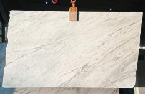 Lieferung polierte Unmaßplatten 2 cm aus Natur Marmor CALACATTA ARNI Z0175. Detail Bild Fotos