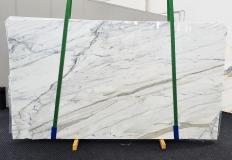 Lieferung polierte Unmaßplatten 2 cm aus Natur Marmor CALACATTA CARRARA 1360. Detail Bild Fotos