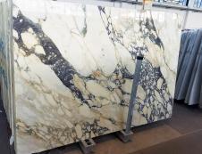 Lieferung polierte Unmaßplatten 2 cm aus Natur Marmor CALACATTA FIORITO Z0052. Detail Bild Fotos