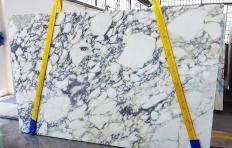 Lieferung gesägte Unmaßplatten 2 cm aus Natur Marmor CALACATTA MONET Z0200. Detail Bild Fotos