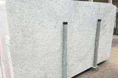Lieferung polierte Unmaßplatten 3 cm aus Natur Marmor CARRARA 1693M. Detail Bild Fotos