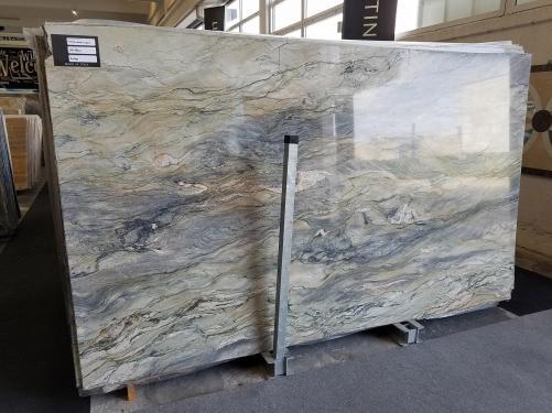 Lieferung polierte Unmaßplatten 2 cm aus Natur Marmor FUSION A0100. Detail Bild Fotos