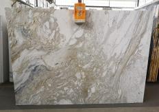Lieferung polierte Unmaßplatten 2 cm aus Natur Marmor GOLDEN CALACATTA U0403A. Detail Bild Fotos
