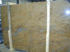 Lieferung polierte Unmaßplatten 2 cm aus Natur Granit GOLDEN OAK CV1_GOOA25. Detail Bild Fotos