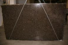 Lieferung polierte Unmaßplatten 3 cm aus Natur Labradorit LABRADOR ANTIQUE C_17264. Detail Bild Fotos