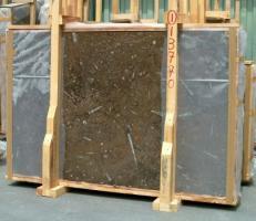 Lieferung polierte Unmaßplatten 2 cm aus Natur Marmor MARRON FOSSIL E-13770. Detail Bild Fotos