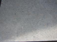 Lieferung geschliffene Unmaßplatten 3 cm aus Natur Kalkstein MINK GREY JS4861 J_07065. Detail Bild Fotos