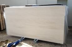 Lieferung polierte Unmaßplatten 2 cm aus Natur Kalkstein MOCA CREME FINE GRAIN AA D2912. Detail Bild Fotos