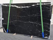 Lieferung polierte Unmaßplatten 2 cm aus Natur Marmor NERO MARQUINA 1378. Detail Bild Fotos