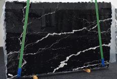 Lieferung polierte Unmaßplatten 2 cm aus Natur Marmor NERO MARQUINA 1394. Detail Bild Fotos