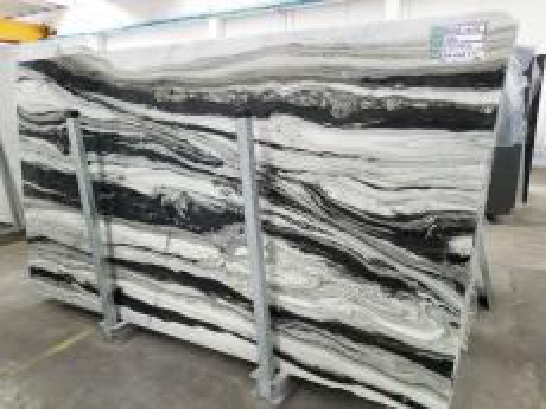 Lieferung polierte Unmaßplatten 2 cm aus Natur Marmor PANDA GREY D-7130. Detail Bild Fotos