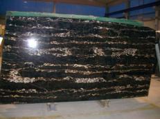 Lieferung polierte Unmaßplatten 3 cm aus Natur Marmor PORTORO EXTRA SR-2010017. Detail Bild Fotos