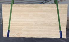 Lieferung geschliffene Unmaßplatten 2 cm aus Natur Travertin TRAVERTINO ROMANO CHIARO BARCO 1262. Detail Bild Fotos