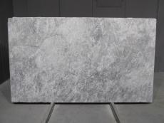 Lieferung geschliffene Blöcke 2 cm aus Natur Marmor TUNDRA GREY 1725M. Detail Bild Fotos
