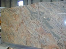 Lieferung polierte Unmaßplatten 2 cm aus Natur Granit VYARA CV1-VY25. Detail Bild Fotos