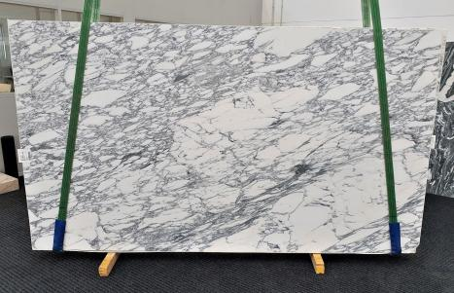 ARABESCATO CORCHIA geschliffene Unmaßplatten 1420 aus Natur Marmor , Slab #26: Lieferung Veneto, Italien