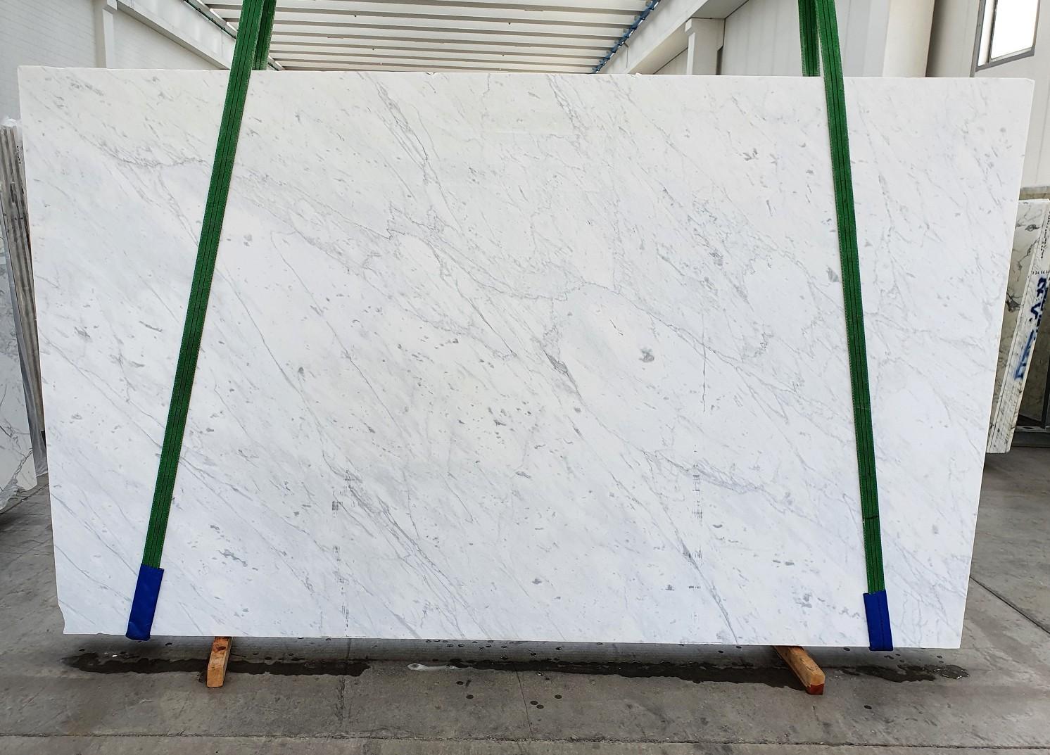 BIANCO CARRARA C polierte Unmaßplatten 1441 aus Natur Marmor , Slab #19: Lieferung Veneto, Italien