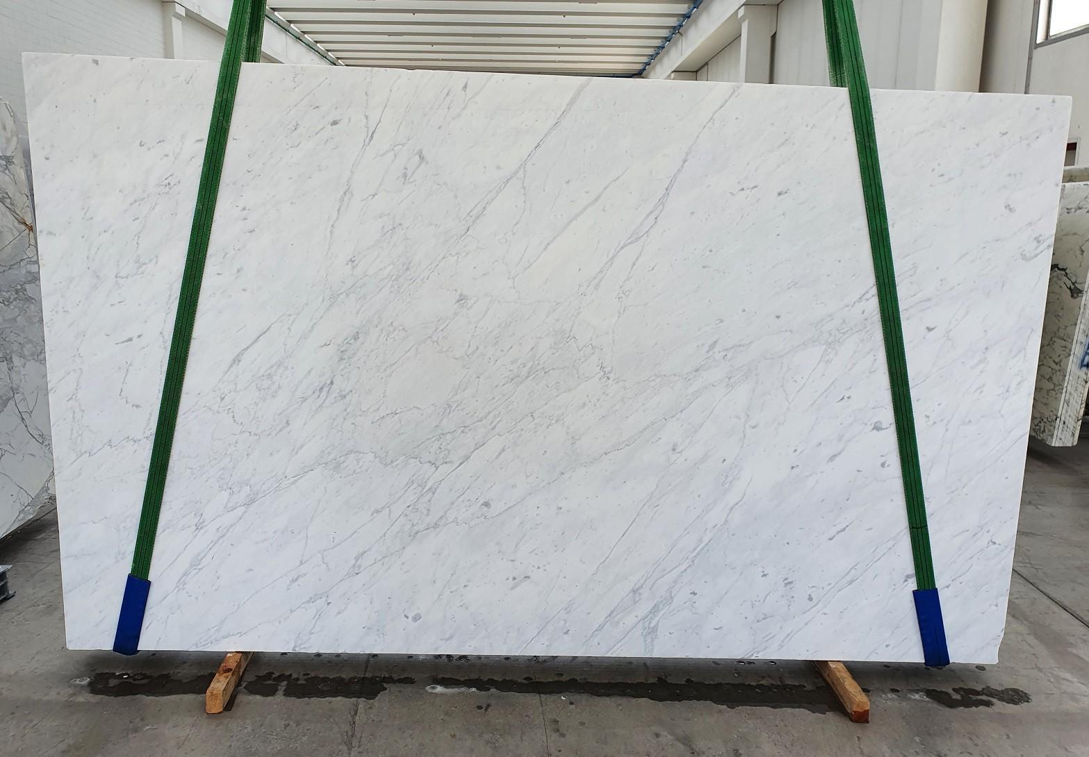 BIANCO CARRARA C polierte Unmaßplatten 1441 aus Natur Marmor , Slab #26: Lieferung Veneto, Italien