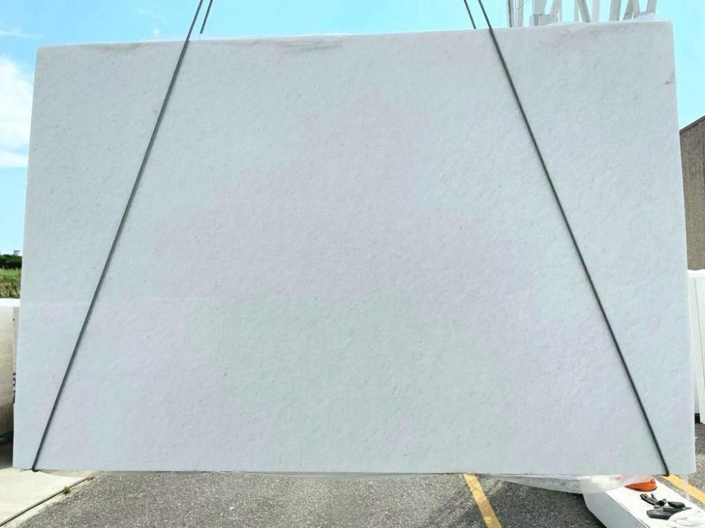 BIANCO NEVE polierte Unmaßplatten 7191 aus Natur Marmor , SL3CM: Lieferung Veneto, Italien