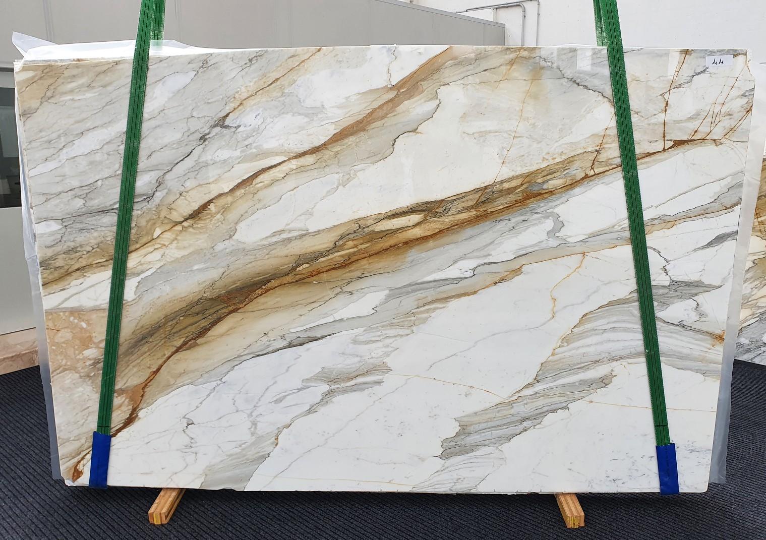 CALACATTA MACCHIAVECCHIA polierte Unmaßplatten 1354 aus Natur Marmor , Slab #44: Lieferung Veneto, Italien