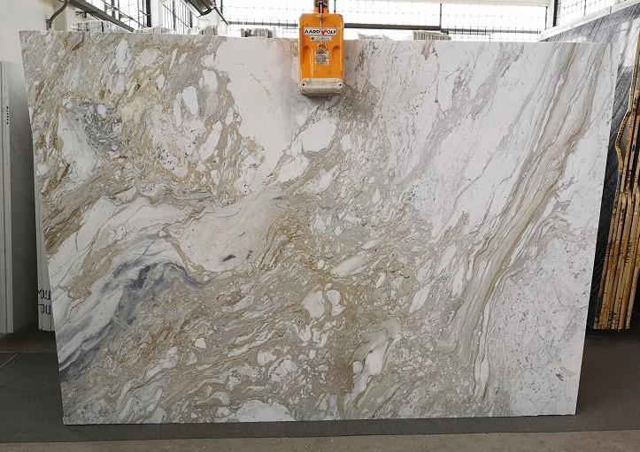 GOLDEN CALACATTA polierte Unmaßplatten U0403A aus Natur Marmor , SL2CM: Lieferung Veneto, Italien