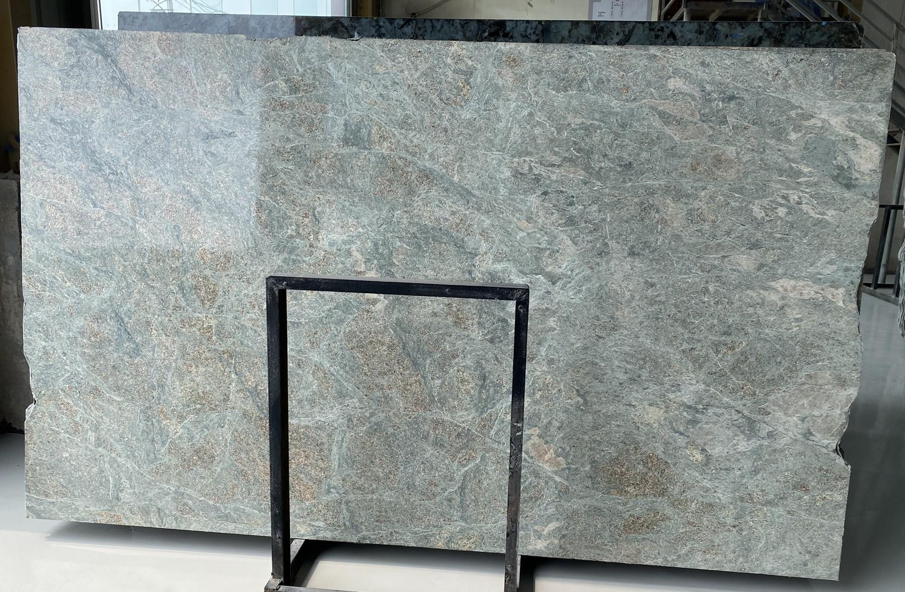 LT GREEN polierte Unmaßplatten D2109 aus Natur Granit , Bundle #01: Lieferung Fujian, China
