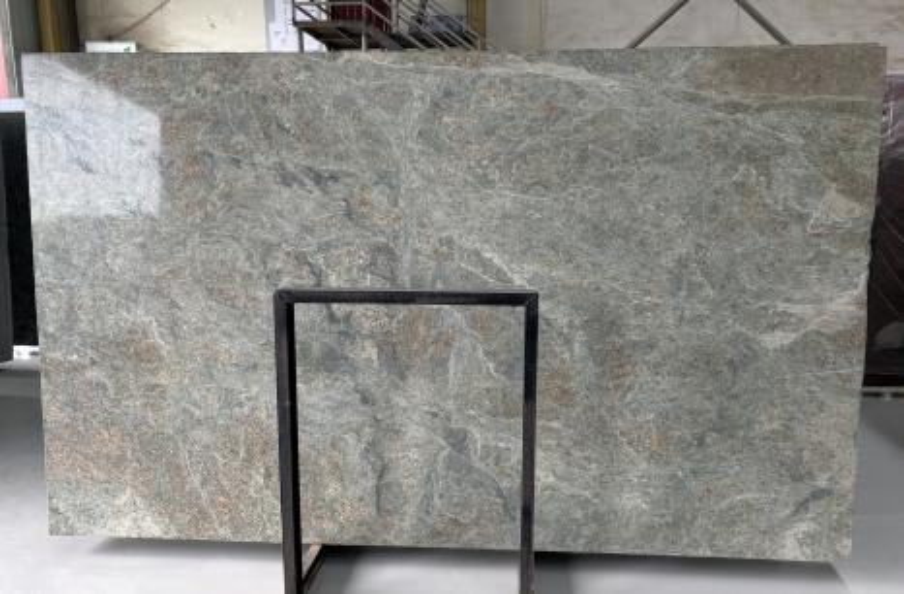 LT GREEN polierte Unmaßplatten D2109 aus Natur Granit , Bundle #02: Lieferung Fujian, China