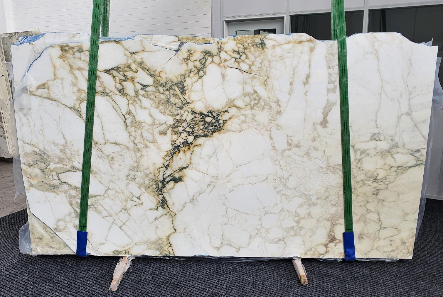 PAONAZZO VAGLI polierte Unmaßplatten 1363 aus Natur Marmor , Slab #61: Lieferung Veneto, Italien