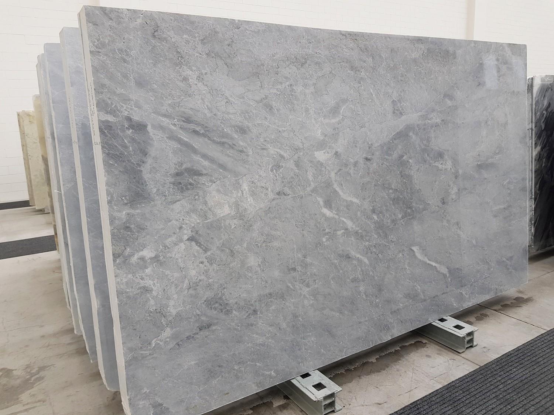TRAMBISERA polierte Unmaßplatten 1202 aus Natur Marmor , Slab #55: Lieferung Veneto, Italien