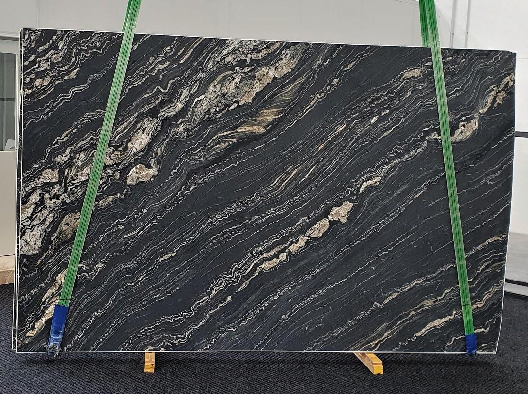 TROPICAL STORM geschliffene Unmaßplatten 1364 aus Natur Quarzit , Slab #10: Lieferung Veneto, Italien